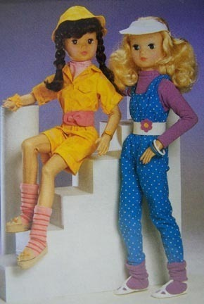 "22"" KENNER  ALWAYS SISTERS FASHION POLKADOT OUTFIT NRFB"