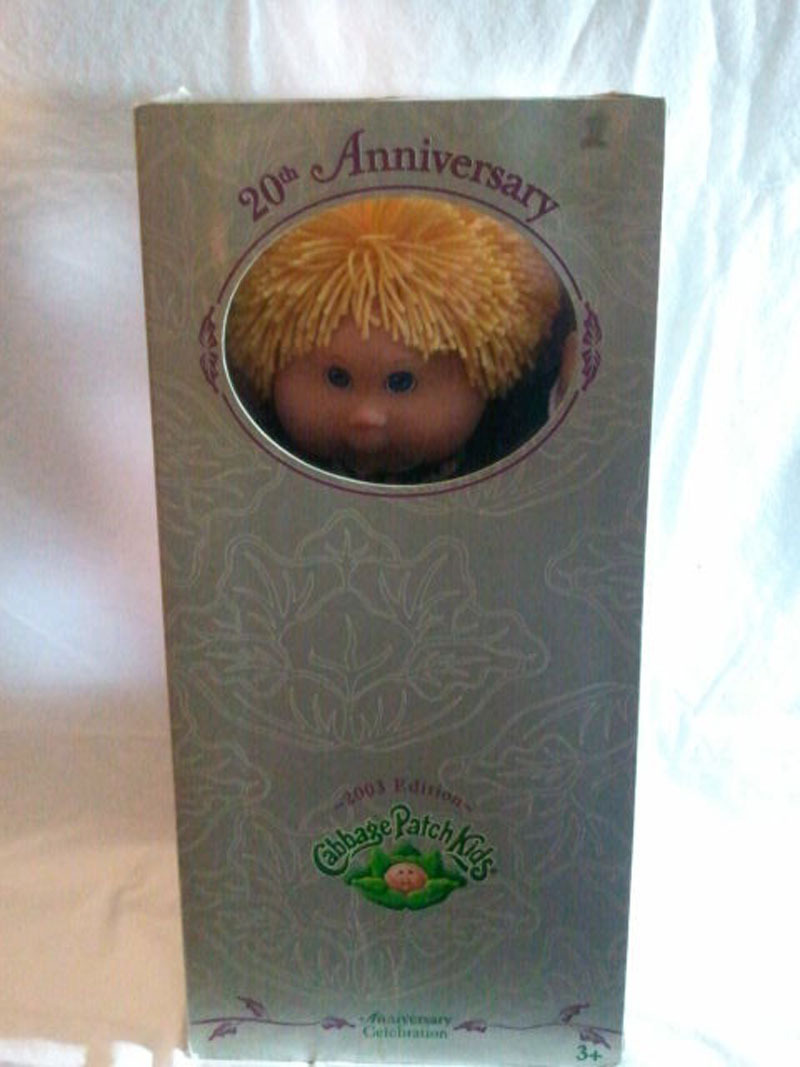 "Cabbage Patch Kids Toys R Us 20th Anniversary 2003 Edition ""Kelsey"" Doll"