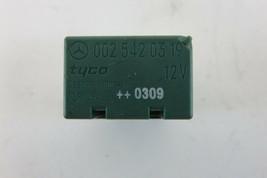 Mercedes W463 G500 G55 relay, multi purpose, 0025420319 green - $10.39