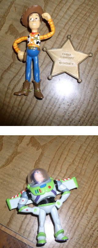 Toy Story 1 Buzz & Woody 2 figurines World Wide Ship