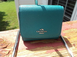 Authentic Coach Small Trifold Wallet Crossgrain... - $59.39