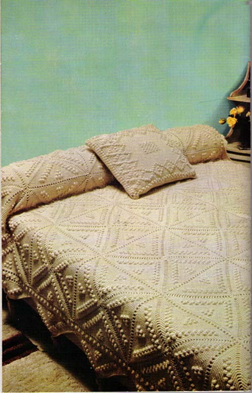 Afghans & Pillows to Knit and Crochet - Mon Tricot Special