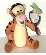 1/2 Price! Disney Tigger Pooh Tiger Plush Butterfly and Net - $121,48 MXN