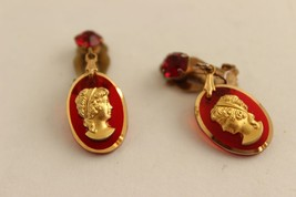 VIntage Cameo Clip Earrings Red Goldtone - $30.93