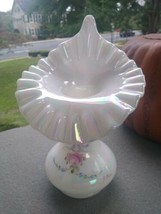 Fenton Painted White Carnival Glass Roses and bows Jack in the Pulpit Vase JIP - $39.99