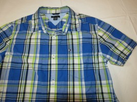 Boy's youth Tommy Hilfiger Plaid button up short sleeve shirt Boys L 16/18 EUC image 2