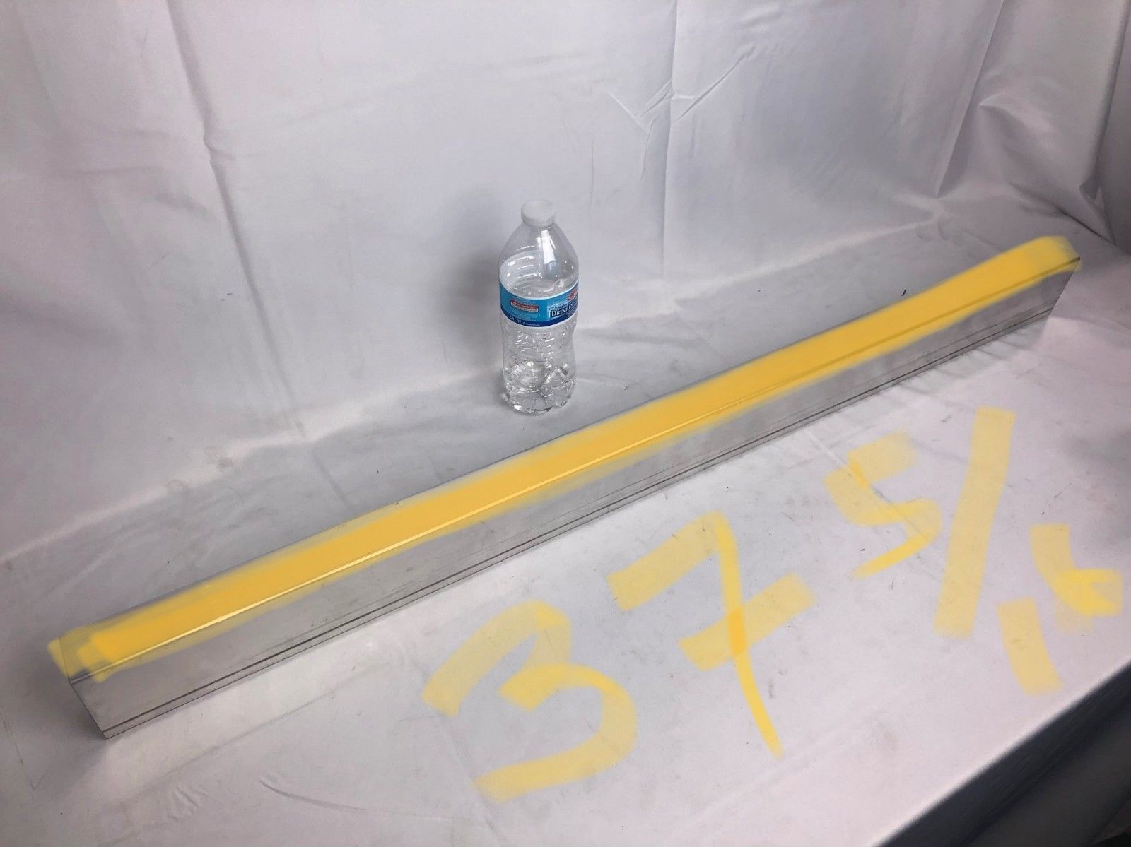 "Aluminum Diamond Plate Tread Brite Corner Guard Angle .063 1.5/"" x 1.5/"" x 36/"""