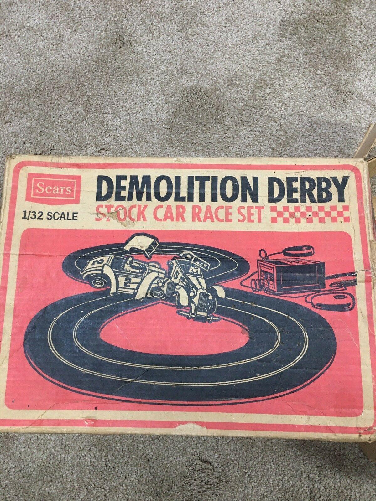 Demolition Derby Sears Roebuck Stock Car Race Set 1/32 Scale Extra Aurora Track - $58.41