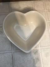 Pfaltzgraff Color Medley Heart Shaped Bowl Cream Color Dinnerware---Mint - $23.08