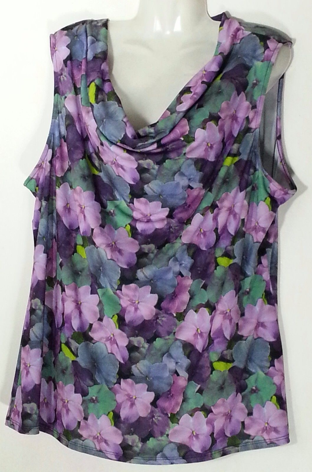 9475257c135 Roz   Ali Floral Sleeveless Top 2X 22 24 and 50 similar items