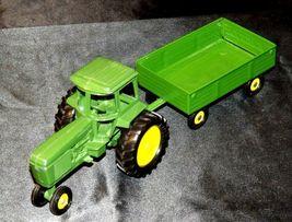 Ertl John Deere replica die-cast tractor with wagon AA19-1639 Vintage image 7