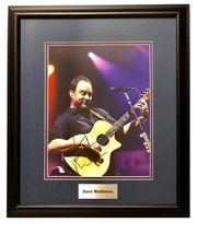 DAVE MATTHEWS AUTOGRAPHED Hand SIGNED 11X14 PHOTO FRAMED DMB w/COA  - $450.00