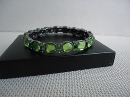 Avon Birthstone Color Expansion Bracelet (August~Peridot Color) New 2013 - $5.99