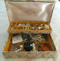 Vintage Large Costume Jewelry Lot Necklaces, Bracelets, Ear Includes Jew... - $24.06