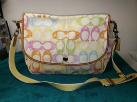 COACH LARGE SCRABBLER MULTICOLORED CROSSBODY MESSENGER BAG - $49.50