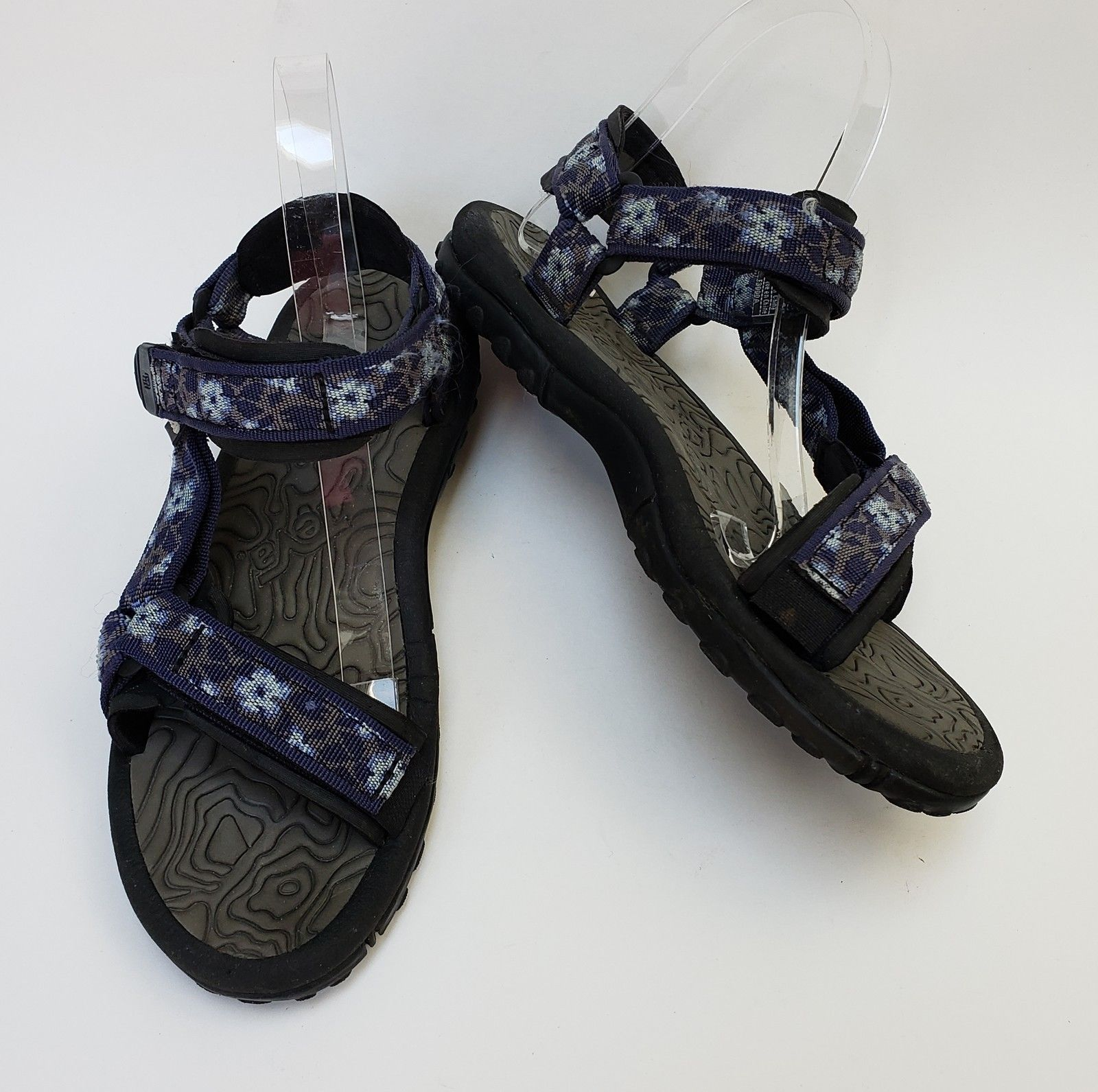5dbc632d7b94 Teva Shoes Sandals Multi-Color Fabric Sandals Womens Size US 8   EU 40 -  £49.01 GBP