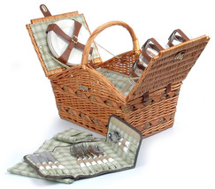 MARINA COLLECTION WILLOW & SEAGRASS DELUXE PICNIC BASKET FOR FOUR (4) - B - $129.00