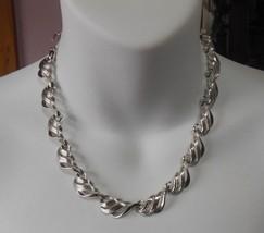 Vintage Coro Silver-tone Swirl Leaf Choker Necklace  - $19.31