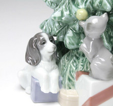 Nao by Lladro 02001620 CHRISTMAS MISCHIEF Porcelain Figurine Glased New  - $173.25