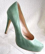 31566eb363 BCBGeneration Mint Green Pumps Womens Size 8 Platform Heel Pumps Shoes -  $32.80