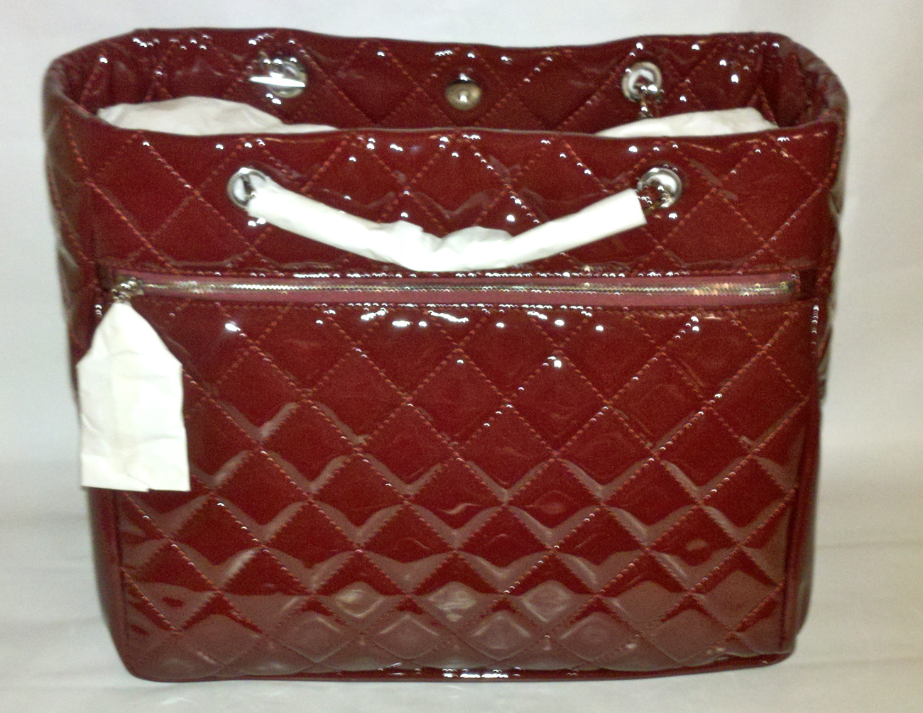 NWT AUTHENTIC Chanel Chic Glitter Patent Leather Tote Bag Burgundy Bordeaux Red