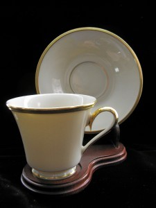 Elegant LENOX ETERNAL Cups & Saucers- Pr.