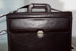American Tourister Brown Leather Messenger Laptop Carry On Travel Briefcase - $44.55