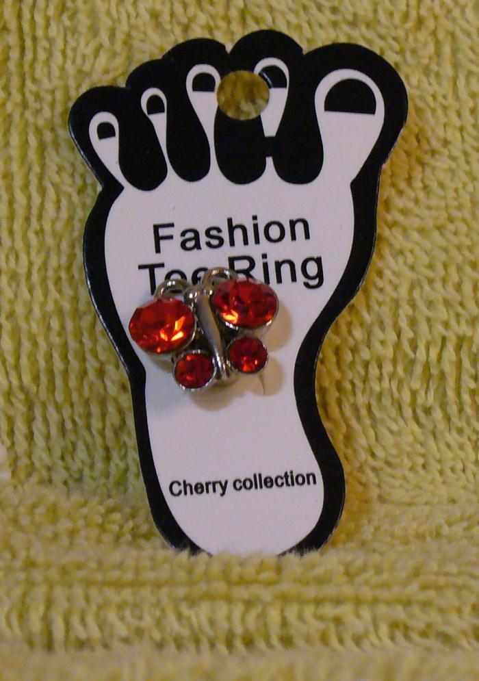 RED BUTTERFLY Toe Ring