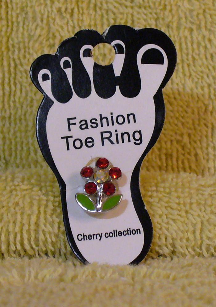 RED FLOWER Toe Ring