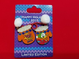 Disney Pin Happy Hoidays 2015 Resort Mittens  Donald Duck Pop Century LE... - $27.99