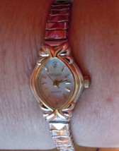 Vintage Embassy Quartz Ladies Watch Gold Tone Stretch Band image 2