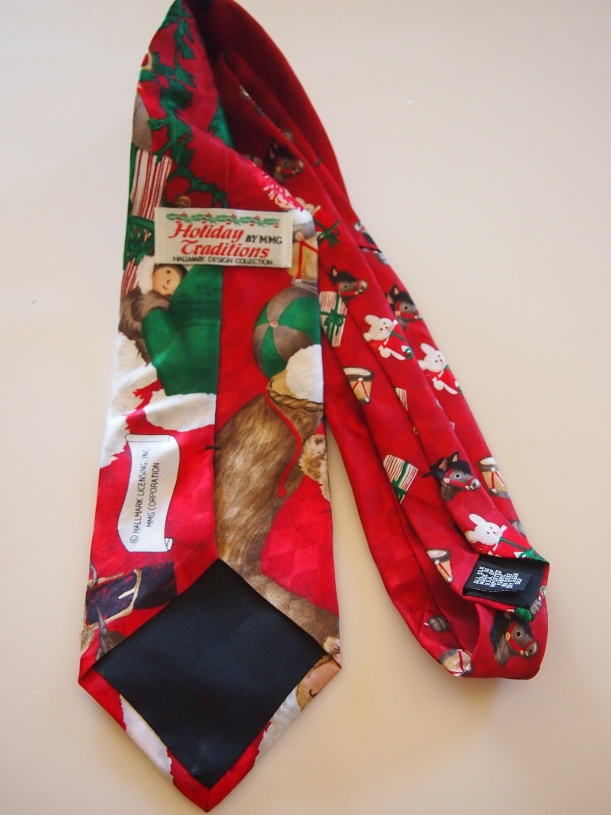 Hallmark Holiday Traditions by MMG Santa Christmas Toys Red Silk Tie