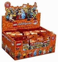 Scellé LEGO 71011 Boîte de 60 mini figurines série 15 - $231.43