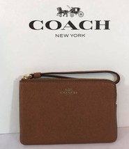 NWT Coach F58032 Crossgrain Leather Corner Zip Wristlet Saddle - $24.93