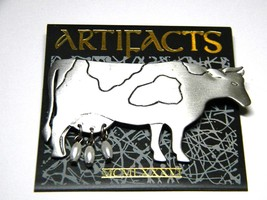 Vintage JJ Jonette Jewelry Cow Figural Pin with faux pearls - $13.19