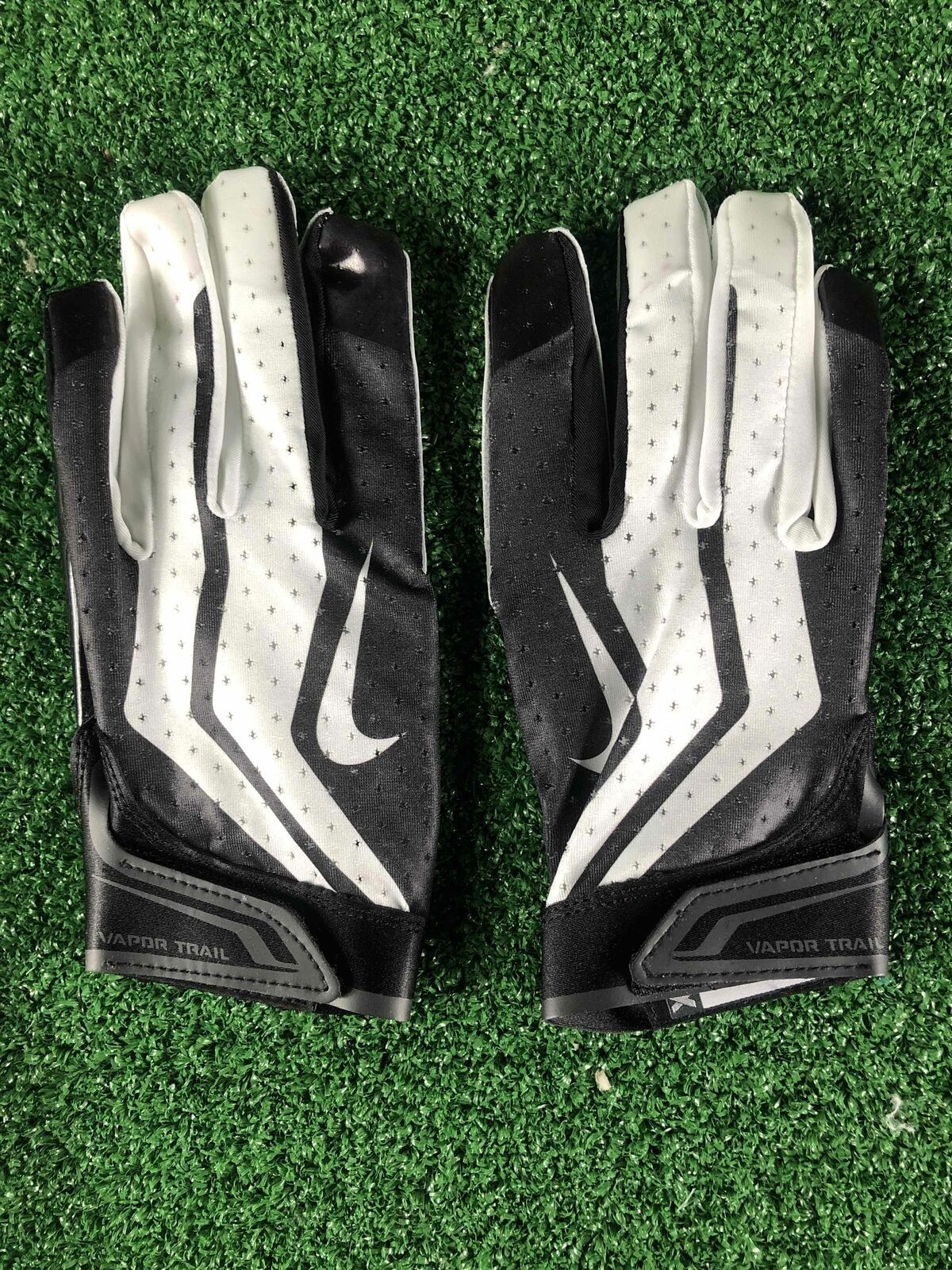 Primary image for Team Issued Baltimore Ravens Nike Vapor Trail 3.0 2xl Football Gloves