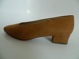 Nine West Womens Brown Suede Leather Upper Shoes Size 6.5M w\Original Box - $27.99