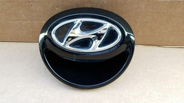 12-16 Hyundai Veloster Rear Hatch Handle Tailgate Emblem image 1