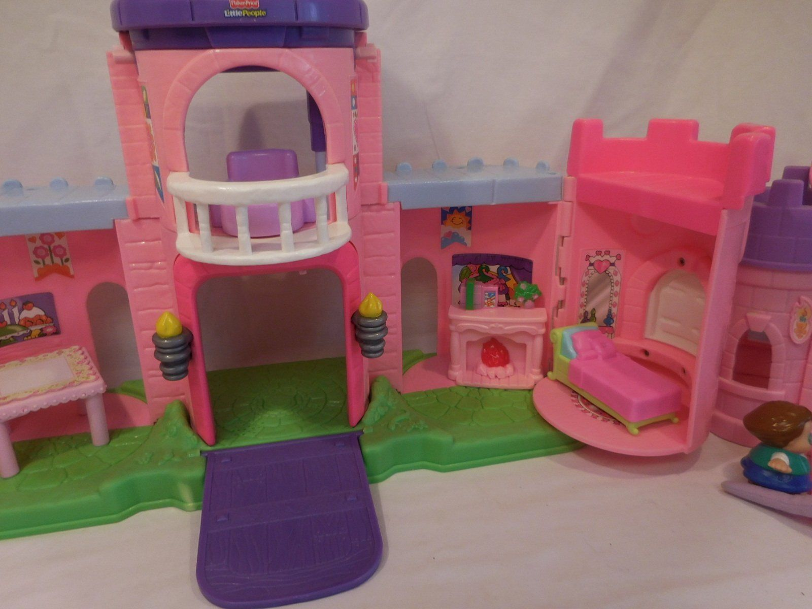 Fisher Price Little People Pink Castle + Play 'N Go Castle + Princess Carriage image 10
