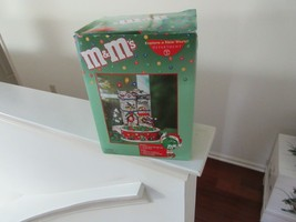 M&M Lighted House & Candy Dish , Dept 56 , Original Box , Vintage - $35.00