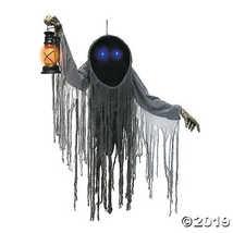 Looming Halloween Phantom - $145.36