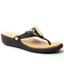 Crocs Sanrah Womens Brown Thong Wedge Sandal With Hammered Metal Medallion Siz 8 - $24.99