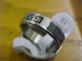 V01 thumb200