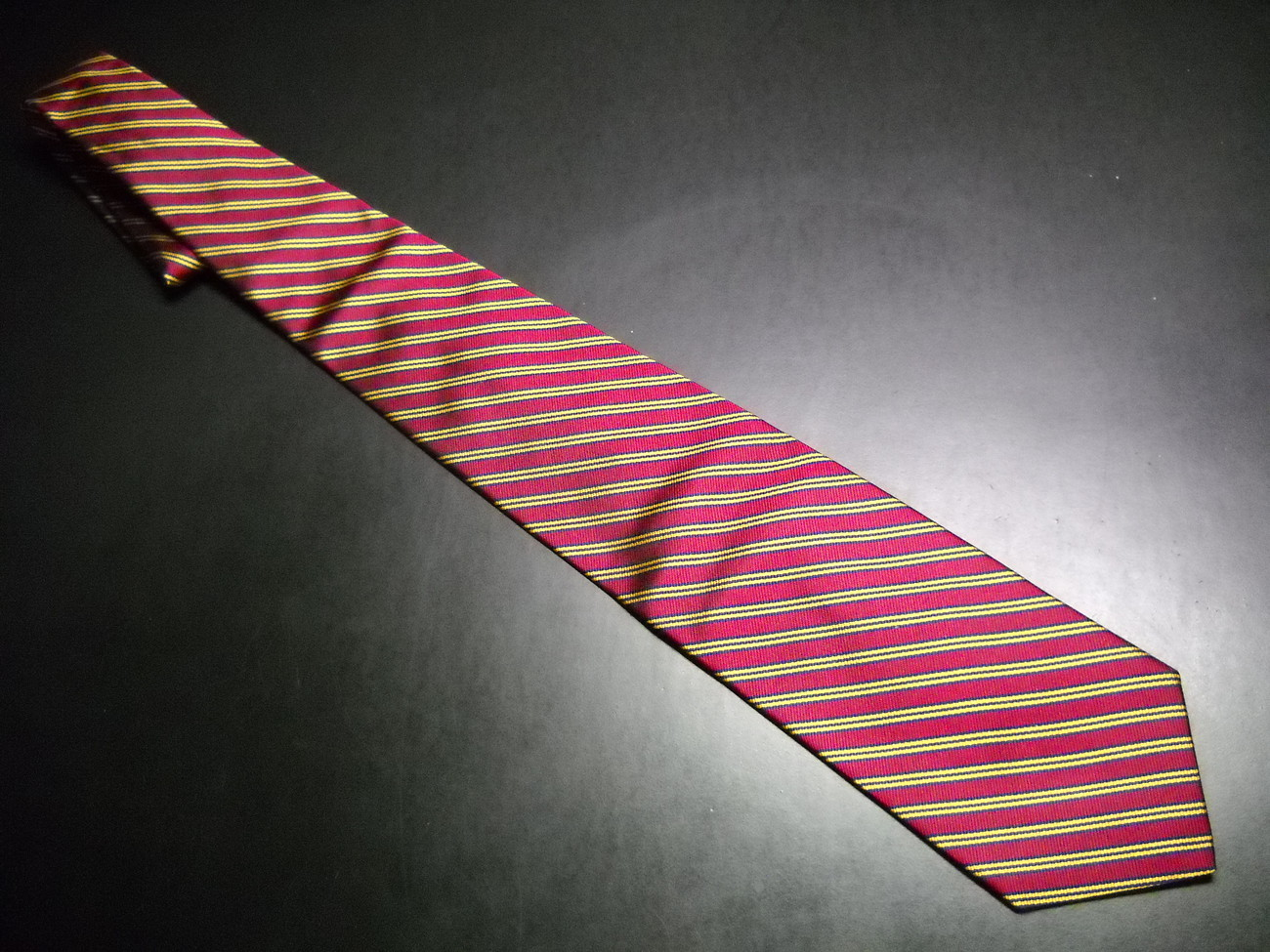 Tie brooks brothers makers english diagonal stripes red 08