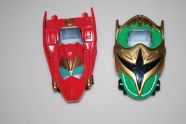 "Power Rangers Bandai 2002 Red Green Metal Cars 3"" - $9.95"