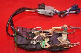 96-03 Toyota Tacoma Ext & 4dr Crew Cab Power Door Lock Latch Actuator FRNT RIGHT image 3