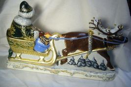 Vaillancourt Folk Art Large Santa in Golden Sleigh personally signed by Judi! image 3