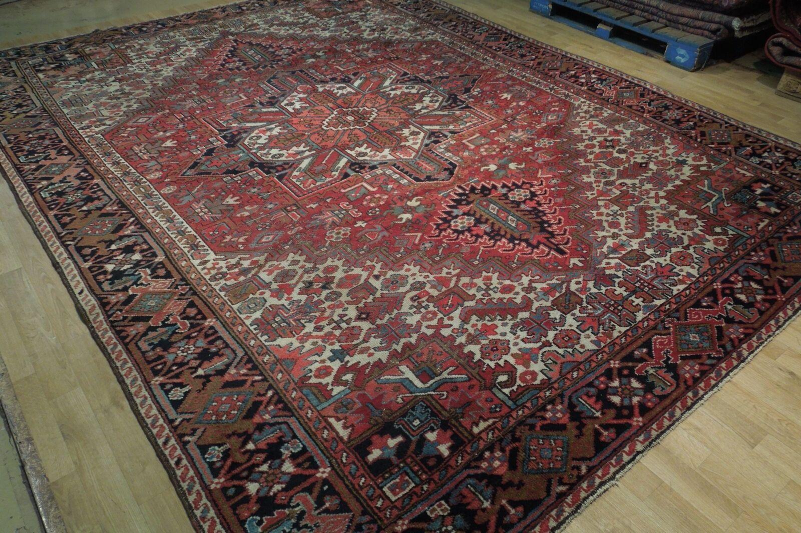 Normal Wear Semi-Antique Persian Handmade 9x12 Burgundy Heriz Wool Rug image 2