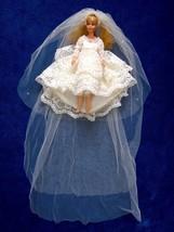 Vintage Barbie Doll Skipper Sized Cream Wedding Dress Pearls Lace Long V... - $68.30