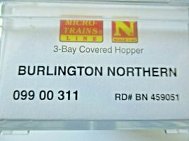 Micro-Trains # 09900312 Burlington Northern 3-Bay Covered Hopper N-Scale image 5